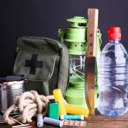 7 emergency items you need to prepare for natural disasters