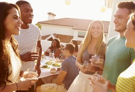 4 tips for a killer housewarming party