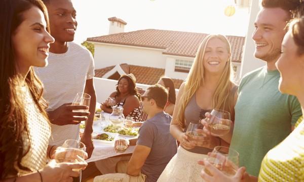 4 tips for a killer housewarming party