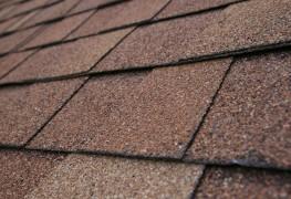 How-to advice to help replace a worn asphalt shingle