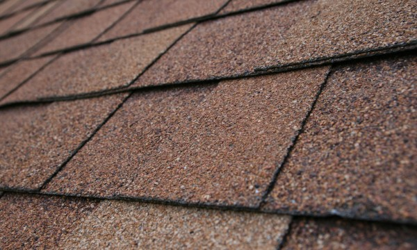 How to Replace Worn Asphalt Shingles