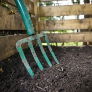 Helpful hints for starting a compost heap