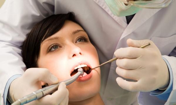 8 proven tips for avoiding gum disease