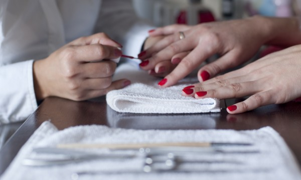 5 tips for finding a clean and safe nail salon | Smart Tips