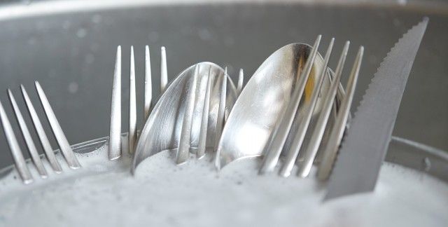 5 tips for keeping kitchenware in tip-top shape