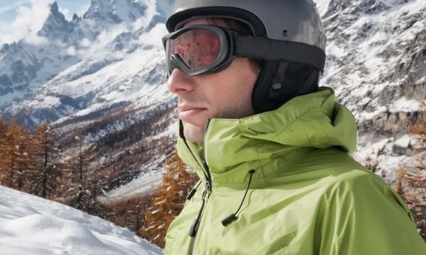 3 ways wireless technology in a helmet makes skiing more fun