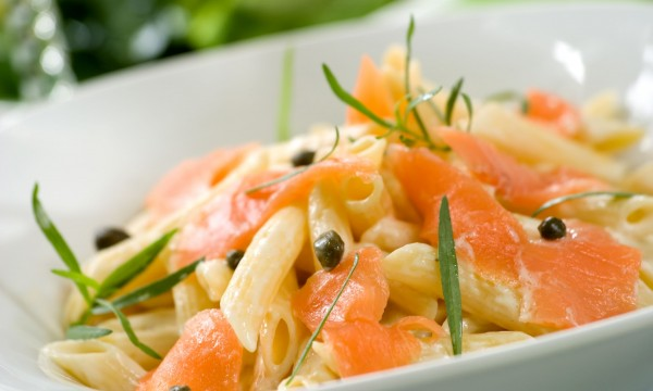 2 healthy seafood salads