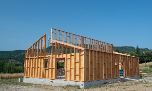 Putting down roots: embedded poles in pole-frame houses | Smart Tips