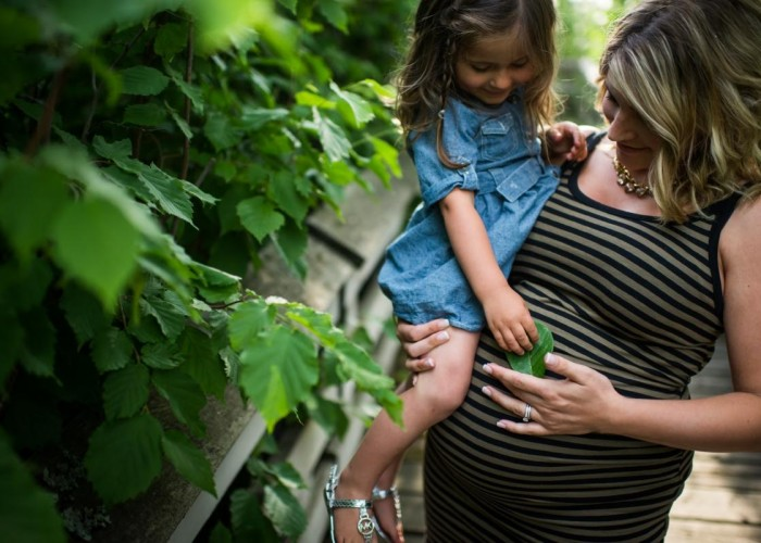 3Haus Photographics offers maternity and birth photography, in addition to family photo sessions