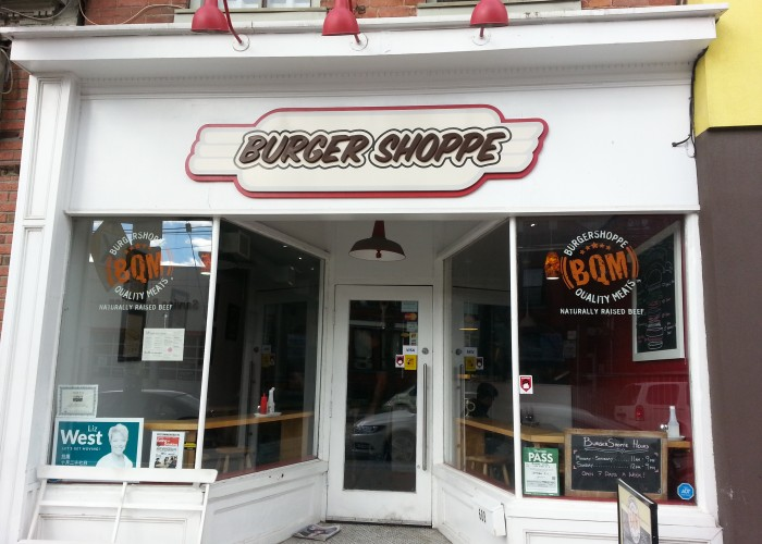 Burger Shoppe, Burgers, mushroom burgers, chicken burgers, fries, onion rings, delivery,