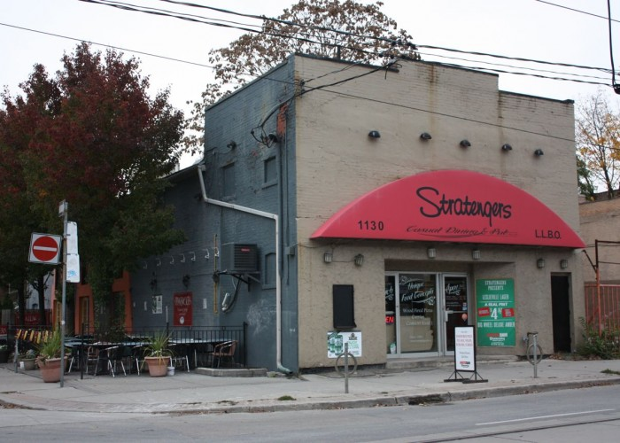 Stratengers, Restaurant and Bar, Family Friendly, Breakfast, Patio
