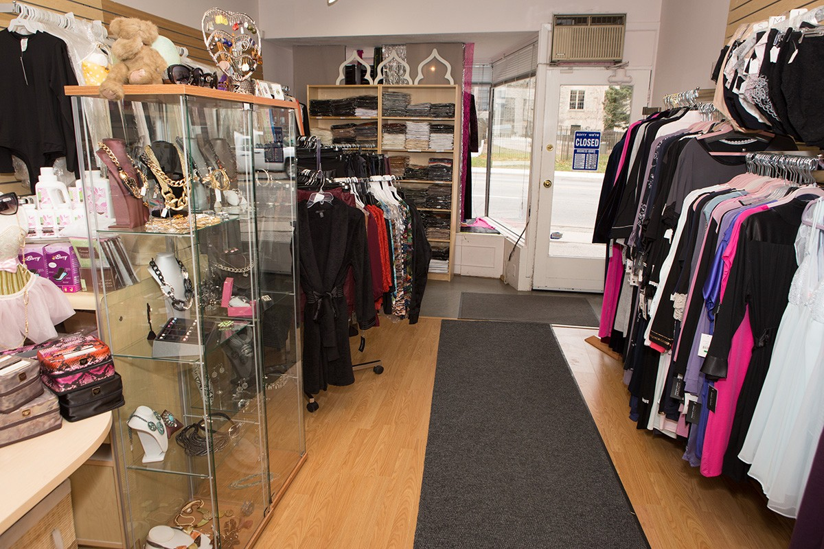 interior business ontario story closet york bio underwrapslingerie wraps under lingerie north