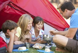 4 ways to have a great camping trip with your family