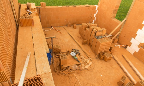 Materials and kits to consider for building a home
