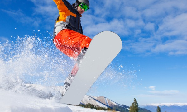 e6edb20fc8fd 5 things to know about buying a snowboard