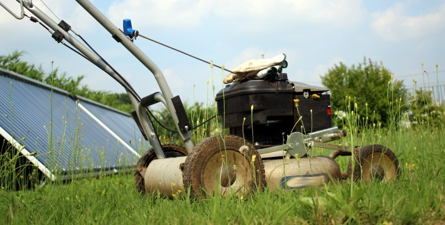 Tuning and troubleshooting your lawn mower