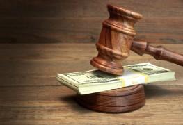 2 helpful precautions when bidding at an auction