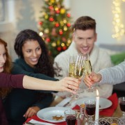 10 tips for a festive and frugal holiday party