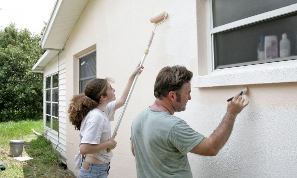 A handy how to for painting a house exterior