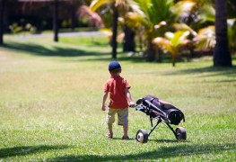 4 tips for teaching kids to golf