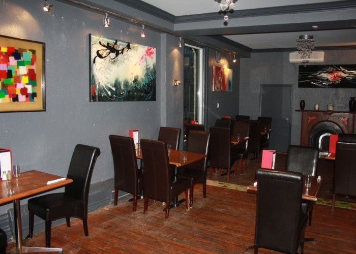 Lola'sKitchen - lunch menu, dinner menu, dessert menu, weekend brunch menu, cocktail list, wine list, six draught beers, daily drink specials, local catering, pick-up available, large group bookings