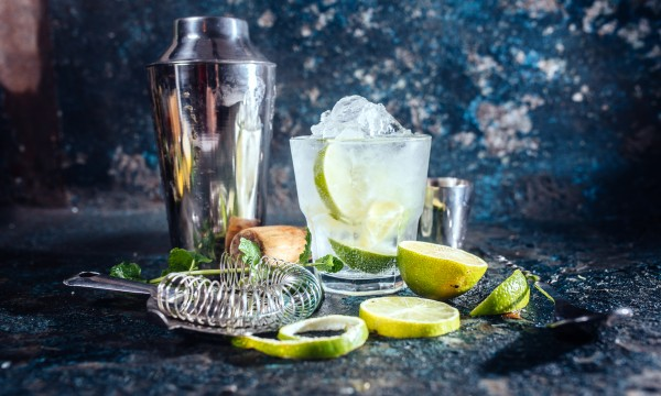 Classic recipes for delicious cocktails