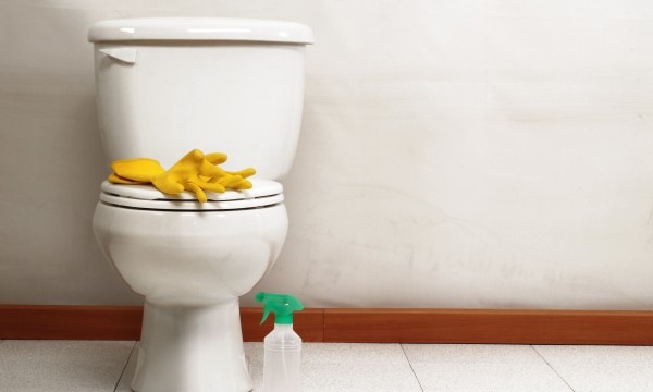 4 easy solutions for cleaning toilet bowl stains