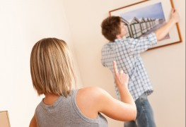 10 helpful tips for hanging picture frames