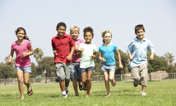 6 tips that will keep your children busy during school breaks