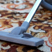 6 DIY tips to clean carpets