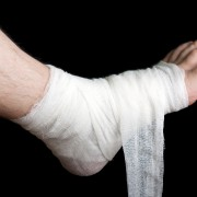 The right way to apply different kinds of bandages