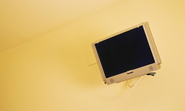 A practical guide to mounting a TV on your wall