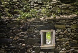 Proper tips for stone house building