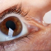 How to relieve eye pain and itching fast
