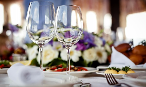 8 smart strategies for dining out