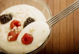 Get the health benefits of daily yogurt