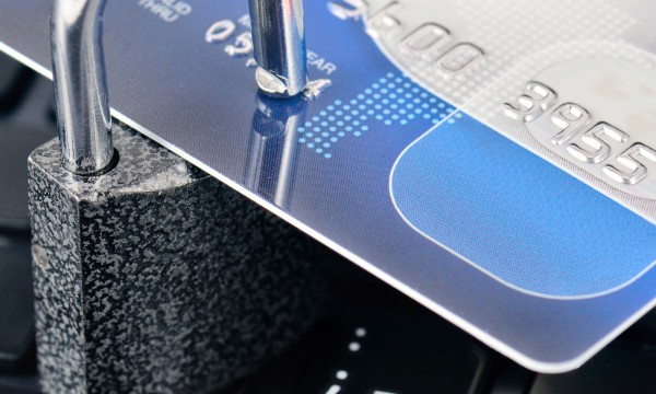 3 effective ways to reduce the risk of credit card fraud
