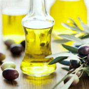 A quick guide to cooking with different oils