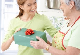 4 ways to find the perfect gift for the person with everything