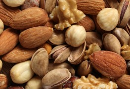 Reasons why you should add nuts to your healthy diet