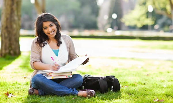 Paying for college: How to seek out scholarships