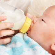 How to save money while breast or bottle feeding