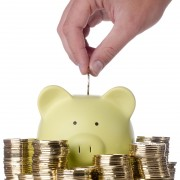 Reaching your financial goals: 5 benefits of a savings account