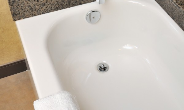 Renovate Or Restore? Breathing New Life Into An Old Bathtub