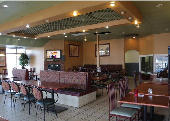 Al Salam and Restaurant's dining area offers plenty of spots for diners to chow down on delicious Lebanese cuisine.