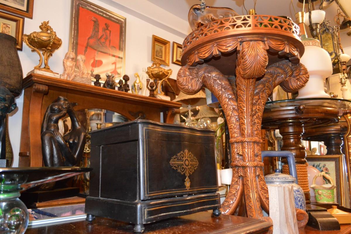 Antiques Loft 9