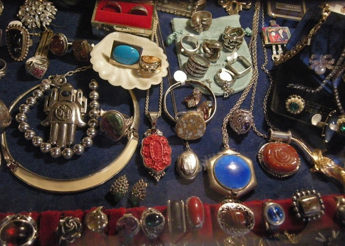 A display of antique jewellery, on sale at Antiques Loft 9.