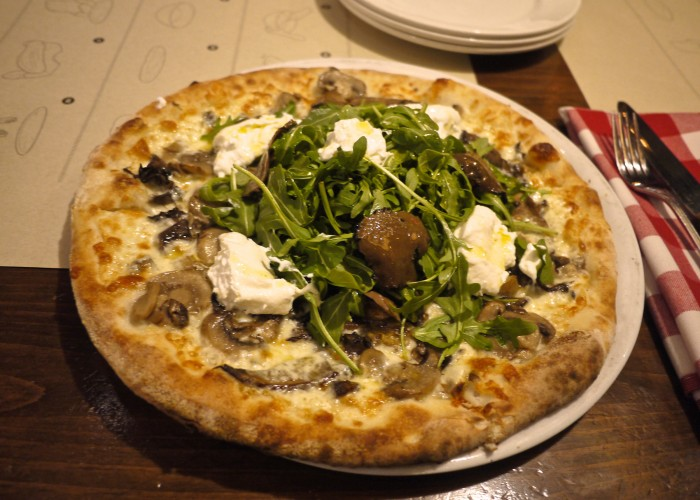 With its traditional Italian cuisine and wood-fired pizza, BEVO Bar + Pizzeria is a must-visitin Old Montreal.