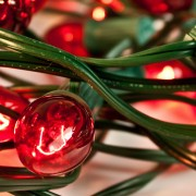 3 simple tricks to keep your Christmas lights untangled