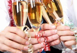 Pointers on throwing a Christmas party for under $50
